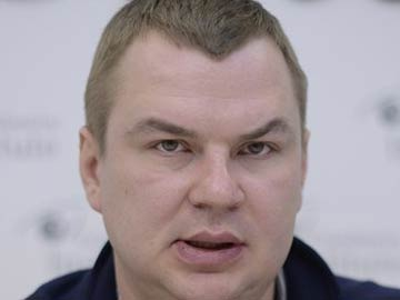 In this photo taken on January 13, 2014, Dmytro Bulatov speaks to the