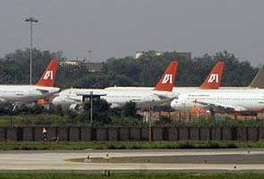 Air India tells crew to break up party on board