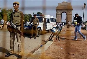 Delhi on alert: Security stepped up at India Gate, entry to lawns closed