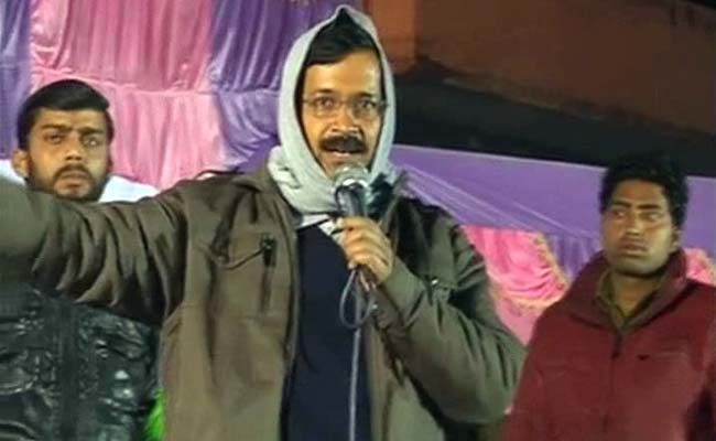 Turned Down for Debate, Arvind Kejriwal Takes on Kiran Bedi in her Constituency