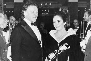 Liz Taylor's jewels – The Taj Mahal diamond necklace ...