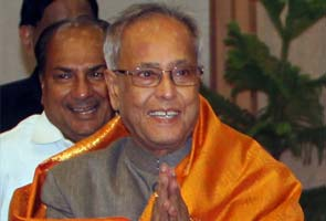 BJP congratulates Pranab Mukherjee, to probe Karnataka cross-voting