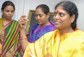 Vijayamma's political foray into Telangana: TRS leaders taken into preventive custody