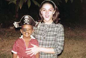 Young Barack Obama With Mother Barack Hussein ObamaYamapi And Maki Engaged