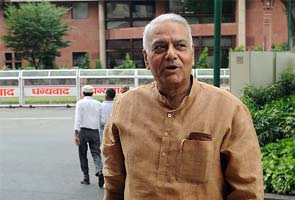 2G scam: Former Cabinet Secretary to depose before parliamentary panel today; will BJP attend?