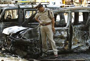 Bangalore_Blast_Cop_AP_295x200_1.jpg