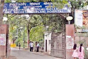 Doctor tries to kill self, slips into coma