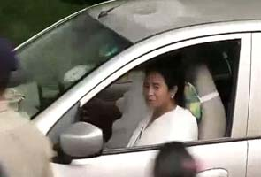 Will Mamata Banerjee quit UPA? Crucial meeting in Kolkata, decision soon