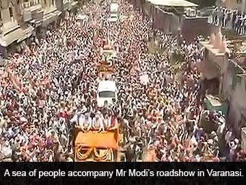 Modi_truck_Top_Shot_caption_360x270.jpg