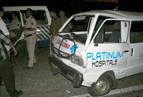Mumbai_ambulance_accident_295.jpg