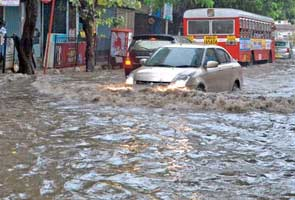 Just one morning of rain sinks Mumbai suburbs
