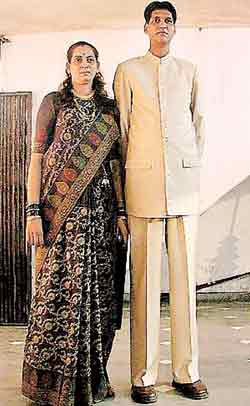 Tallest family from Pune hope to set world record