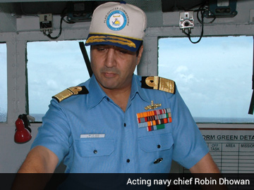 Robin_Dhowan_acting_navy_chief_360x270.jpg