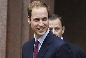 Prince William in helicopter helps save drowning girl