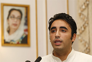 On Benazir Bhutto's fifth death anniversary, son Bilawal to make political debut