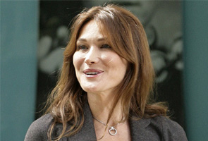 Carla Bruni's security stepped up amid assassination fear