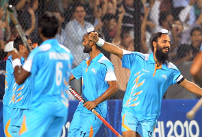 CWG hockey: India thumps Pakistan to enter semifinals