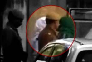 Delhi gang-rape: bus driver refuses identification parade, remanded to five days' police custody