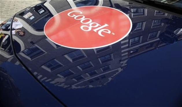 Google forays into customer service business