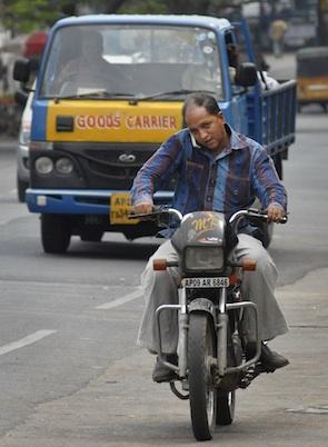 Mobile operators label TRAI's tariff revision analysis as