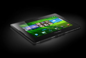 No frenzy crowds to buy BlackBerry tablet on launch ...