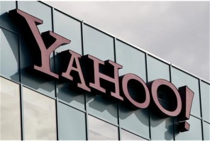 CEO sketches out new Yahoo, vows business refocus