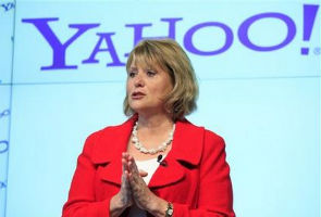 Yahoo fires Bartz as CEO, names CFO to fill void
