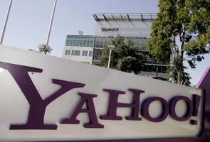 Yahoo officials accused of resume padding