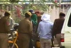 Delhi gang-rape: Family wants all six accused hanged