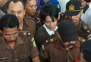 Indonesia rocker jailed for Internet sex videos