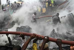 Lagos plane crash: 153 killed, search for wreckage on