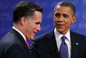 Mitt Romney surges as White House race narrows