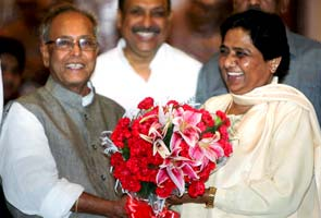 Presidential polls: Mayawati directs party MPs, MLAs to ...