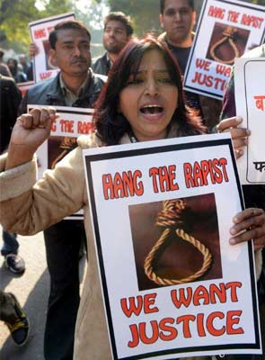 Budget 2013: Nirbhaya Fund, with 1000-crores, to be used for women's safety