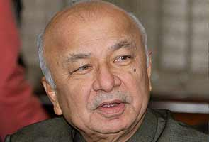BJP to boycott Home Minister Shinde for 'saffron terror' remarks