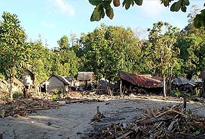 Rescue teams scramble to reach tsunami-hit villages in Solomon Islands