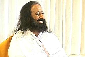 India land of scams, slums: Sri Sri Ravi Shankar