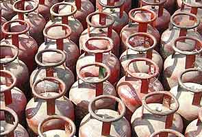 Politicians, industrialists among top LPG consumers in Delhi