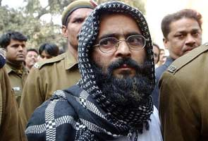 Afzal Guru's family counters Govt, says not informed about execution