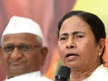 http://www.ndtv.com/news/images/story_page/Anna_Hazare_Mamata_Banerjee_New_delhi_360_38.jpg