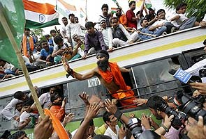 Baba Ramdev arrested after Delhi Police stops his march to Parliament