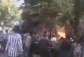 Bangalore-blast-fire-f_295_1.jpg