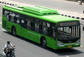 Delhi government announces steps to improve public transport