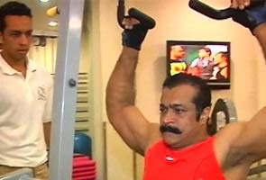 Himanshu_Roy_exercising_295.jpg