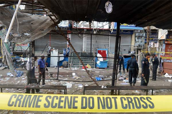 Hyderabad bomb blasts: one man detained; death toll rises to 16, 117 injured
