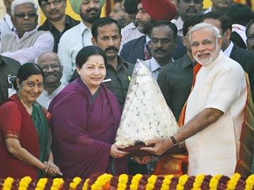 Jayalalithaa to Meet Narendra Modi on June 3 Amid Talk of Alliance