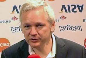 Assange loses appeal against extradition to Sweden