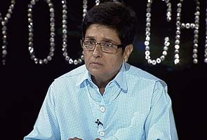 Kiran Bedi offers to train Delhi Police, says 'scene will change in 90 days'