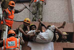 Kolkata-Fire-rescue-295x200_kf18.jpg