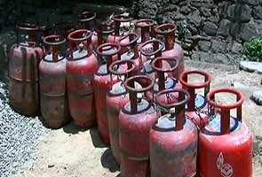 Will there be a rethink on LPG cap ahead of assembly polls?